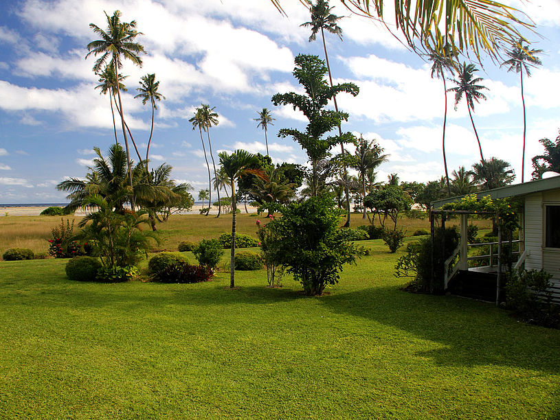 SigaSiga grounds are colorful and well maintained. Enjoy a stroll around the park or a jog up the hill